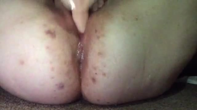 Dildo Fucking my Squirting Pussy